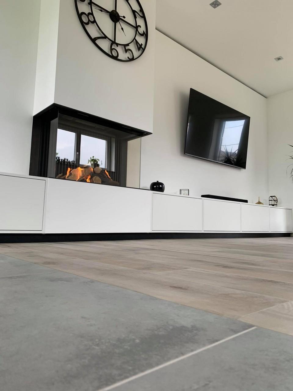 Juin 2021 - Nouvelle conception architecturale autour d'un foyer gaz Kalfire Fireplaces 3 faces !